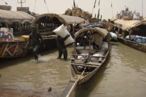 Mali riverboat capsized